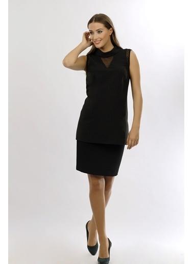 NaraMaxx Tül Detaylı Kolsuz Bluz Siyah